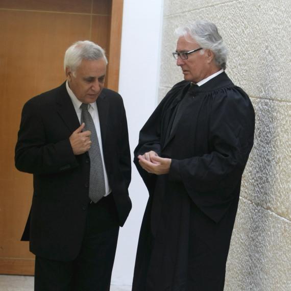"""עו""""ד ציון אמיר ומשה קצב"""