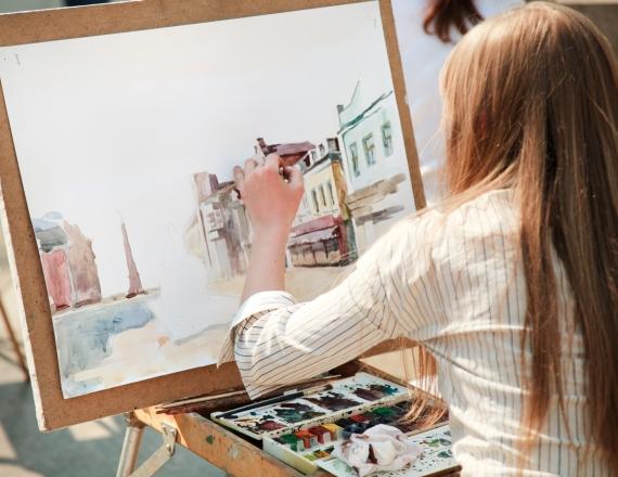 ציירת