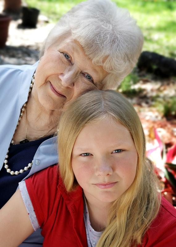 סבתא ונכדה