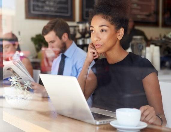 בית קפה ומחשב