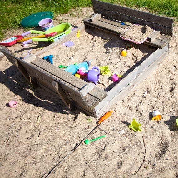 גן ילדים חול