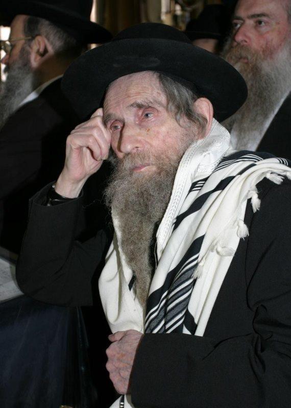 הרב אהרון לייב שטיינמן