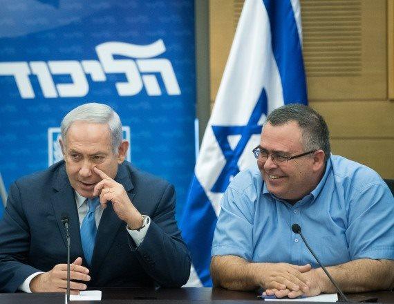 """ראש הממשלה בנימין נתניהו ויו""""ר הקואליציה ח""""כ דוד ביטן"""