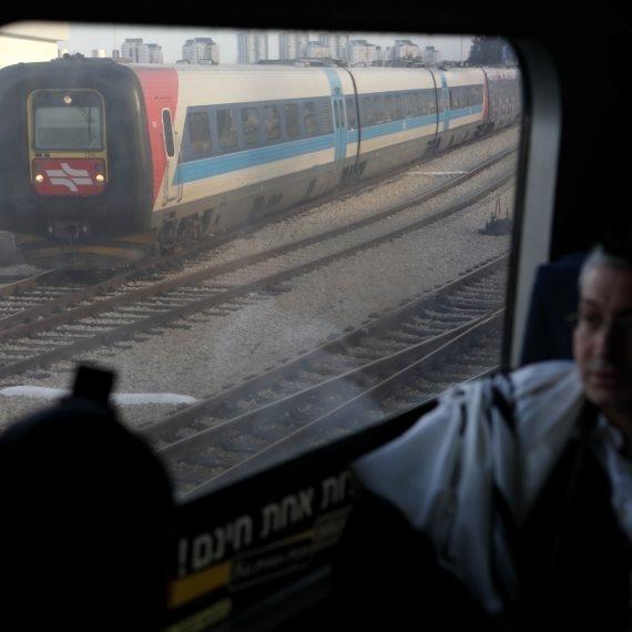 תחנת רכבת בתל אביב