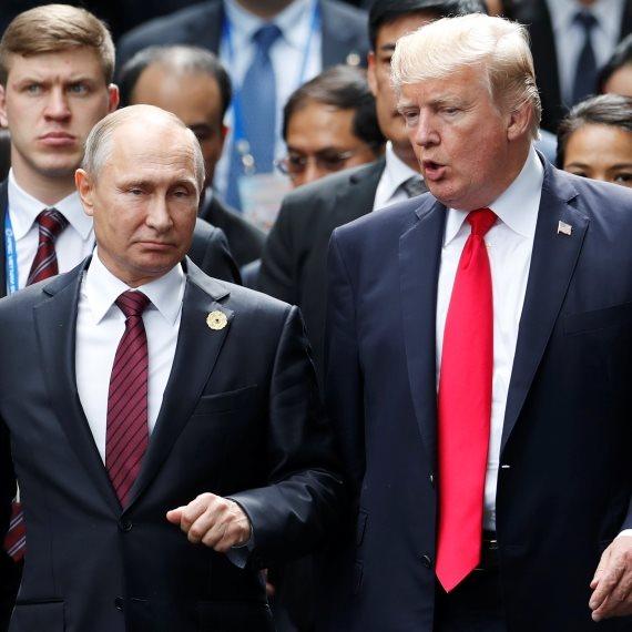 """נשיא ארה""""ב דונלד טראמפ ונשיא רוסיה ולדימיר פוטין"""