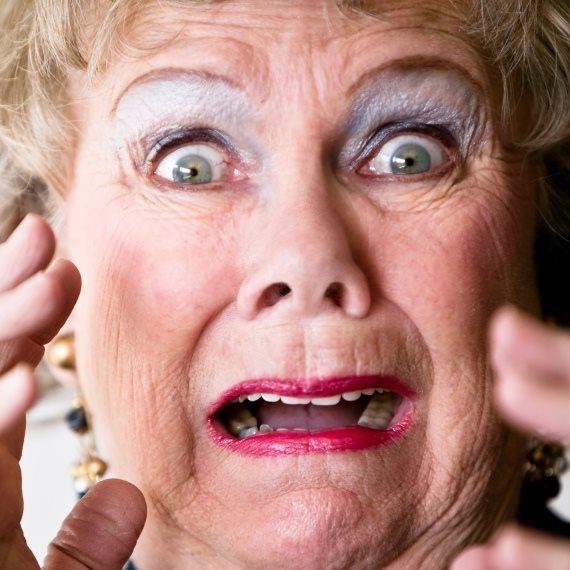 חמות סבתא מבוהלת