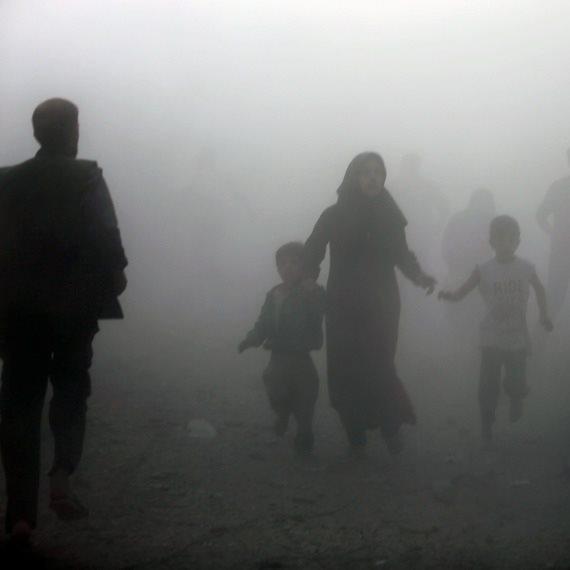 אזרחים בורחים בעת הלחימה בסוריה