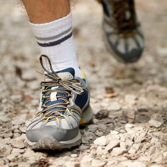 """מומלץ ללכת כמה שיותר עם נעליים פתוחות ומאווררות"""""""