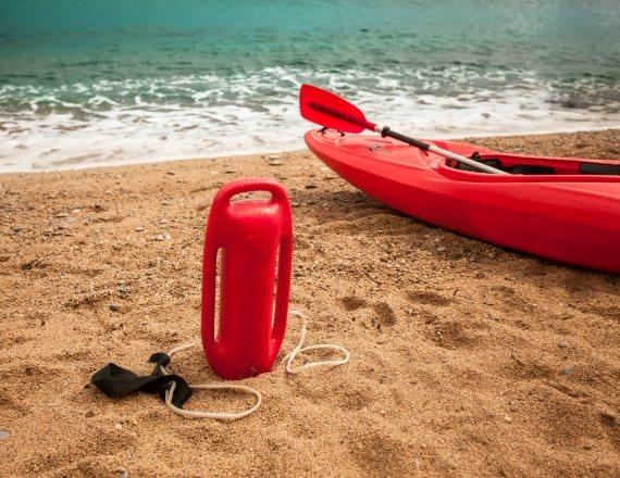 אמצעי הצלה בחוף הים