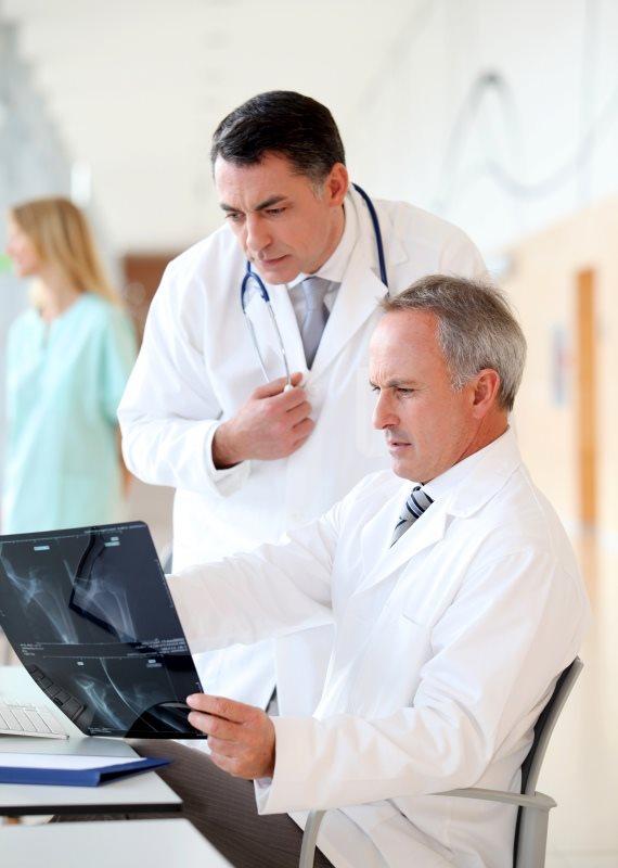 רופאים בבית חולים