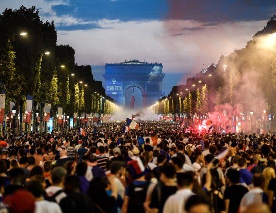 פריז - חגיגות הזכיה במונדיאל