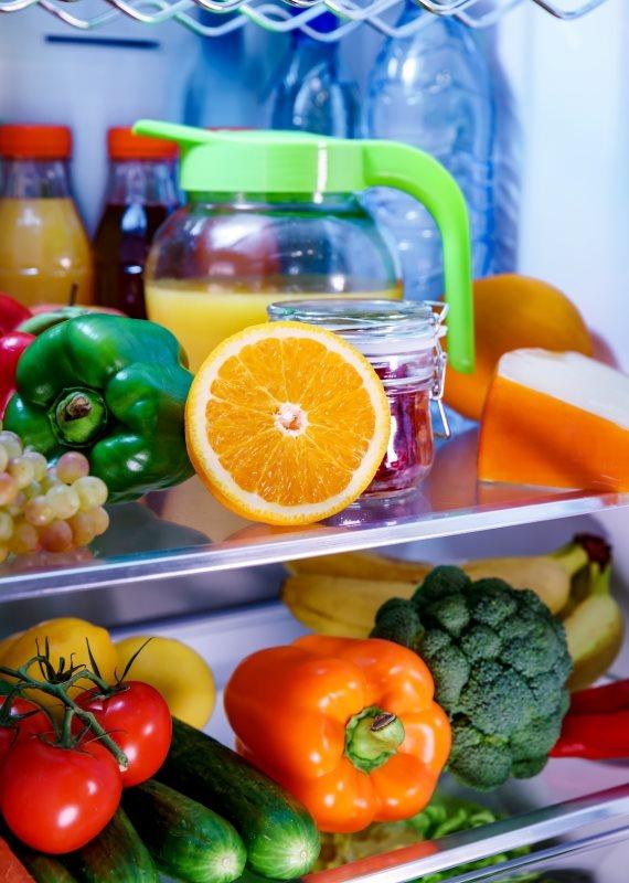 המקרר החברתי הראשון