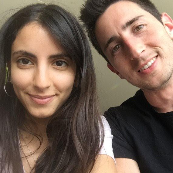 רוני כהן וארוסה