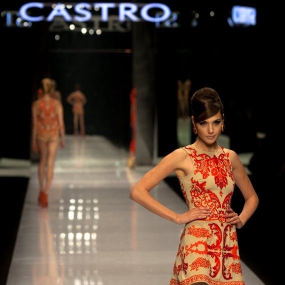 תצוגת אופנה של קסטרו