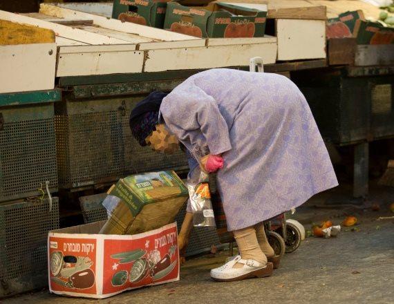 בישראל חיים פחות עניים משפורסם?