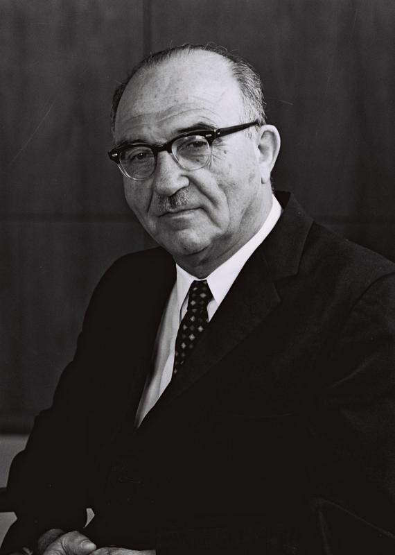 ראש הממשלה לשעבר לוי אשכול