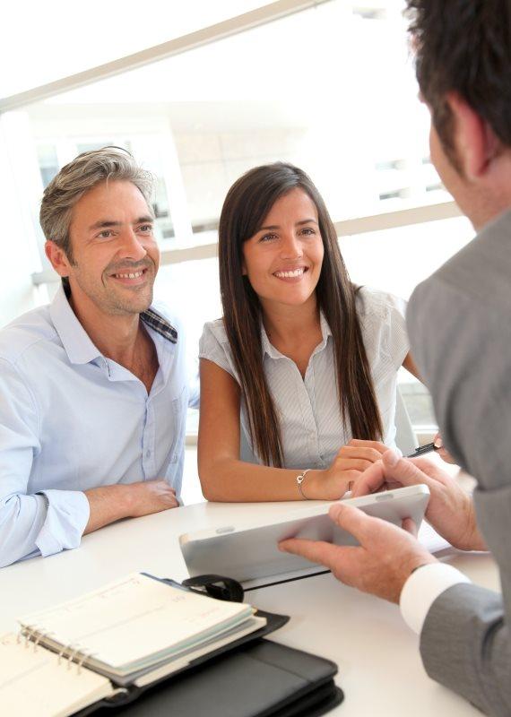 כיצד להרוויח מבלי לעבוד על הצרכן?