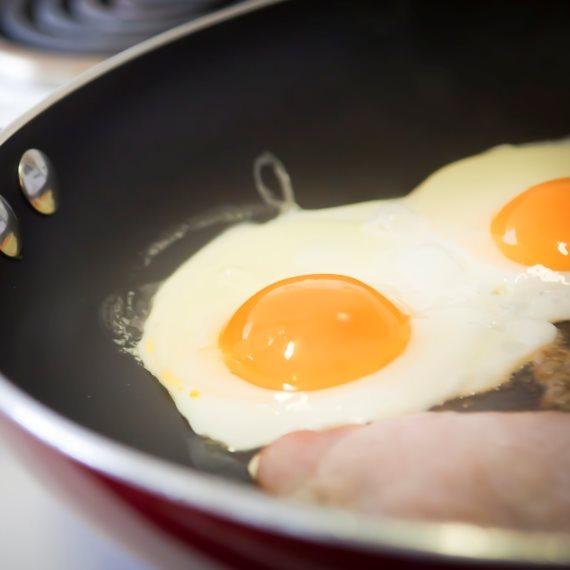 מה הקשר בין ביצים למחלת הסרטן?