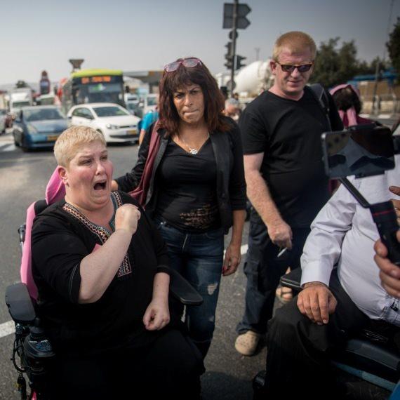 חסימת כבישים בהפגנה, ארכיון