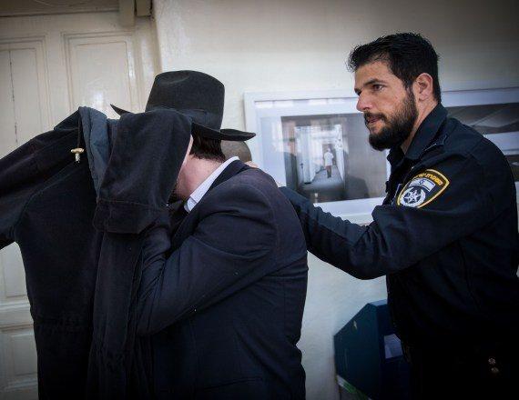 חשוד בפדופיליה מהקיהלה החרדית בהארכת מעצר, ארכיון