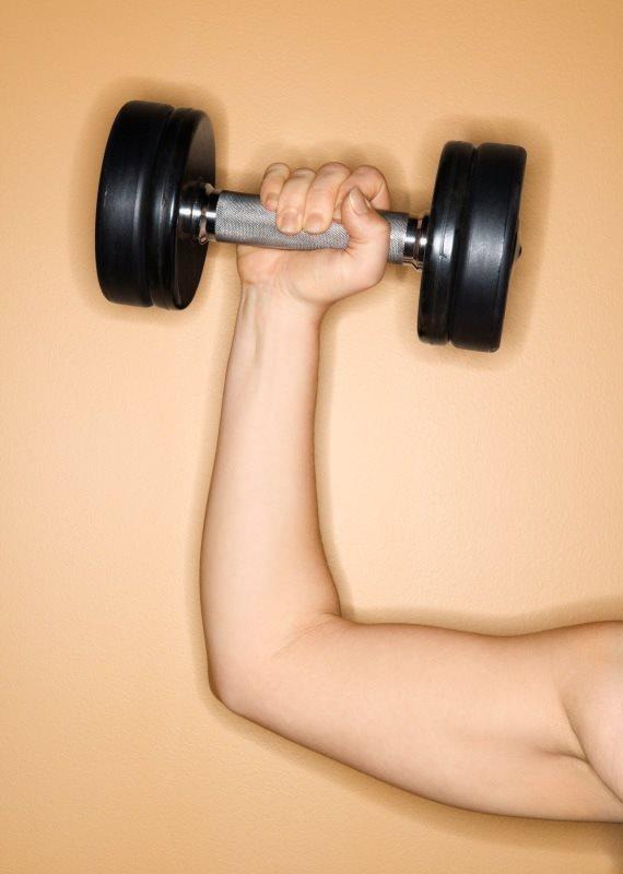 עשה שרירים ושילם את המחיר