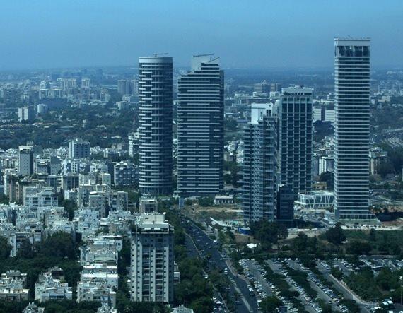 מגדלים רבי קומות בתל אביב