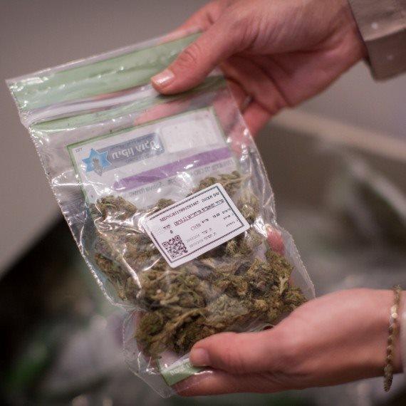 אימפריית הסמים עולה מדרגה