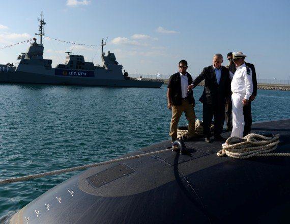 נתניהו בביקור באחת מהצוללות הגרמניות