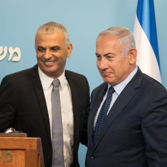 ראש הממשלה בנימין נתניהו עם משה כחלון