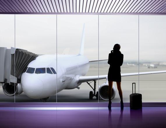 נמל תעופה - בדרך לעלייה למטוס