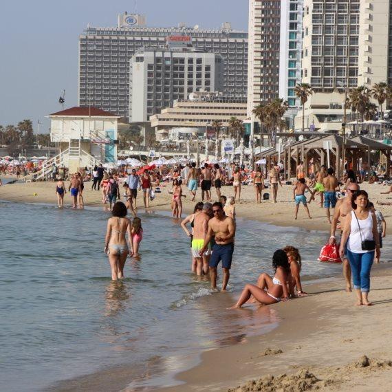 קיץ על החוף