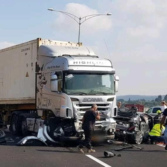 זירת התאונה בצומת יגור, לפני זמן קצר