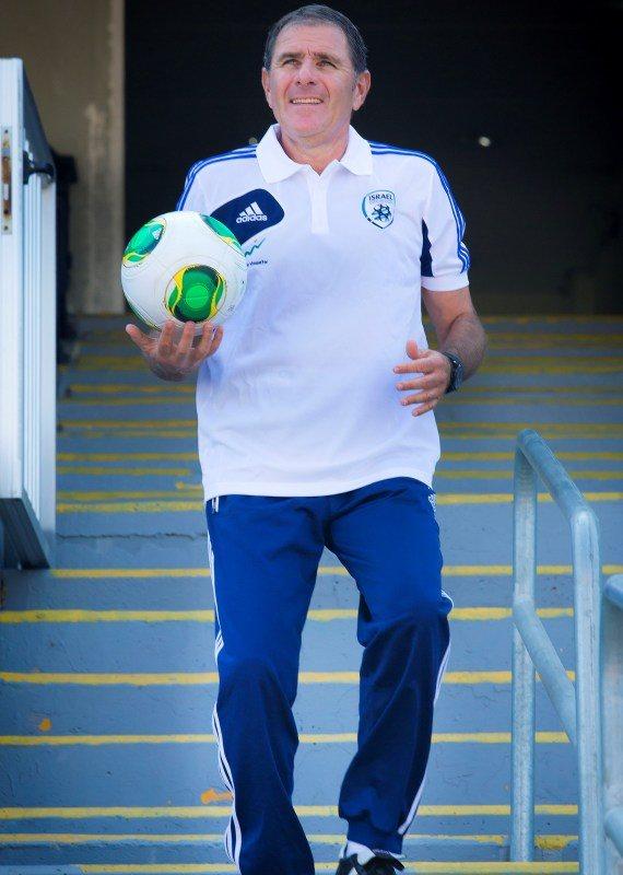 אלי גוטמן בתקופתו כמאמן הנבחרת
