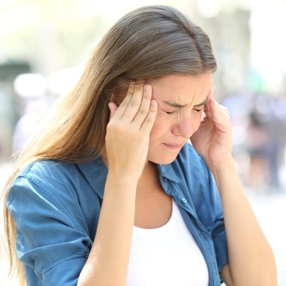 """""""אני סובלת מכאבי ראש כרוניים"""""""