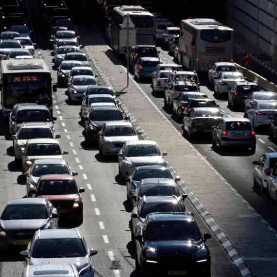 """""""בשוודיה אנשים לא נכנסים עם רכב לערים אם לא חייבים"""""""