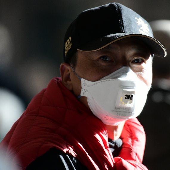 סיני מתגונן מפני וירוס הקורונה