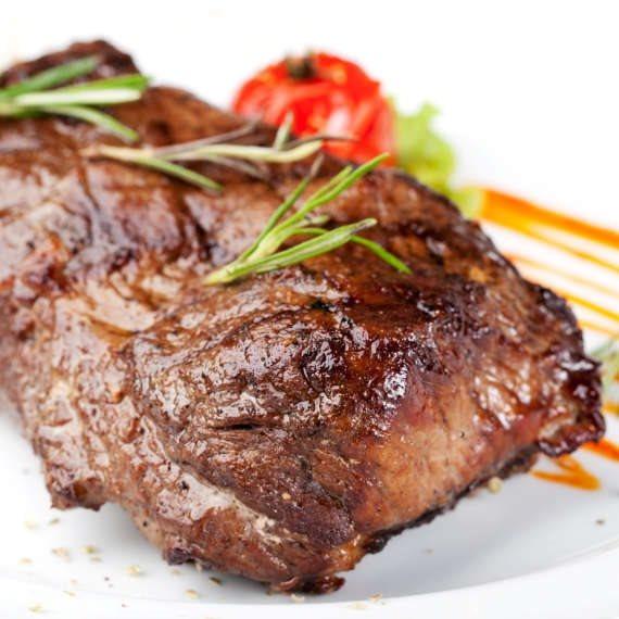 בשר עשיר בחלבון
