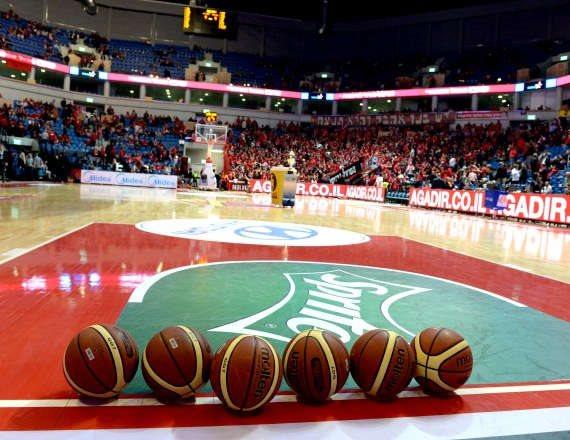 מגרש כדורסל בארנה בירושלים