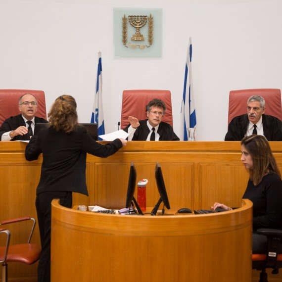 """""""השיטה גורמת לשופטים להיות תלויים בוועדה"""""""