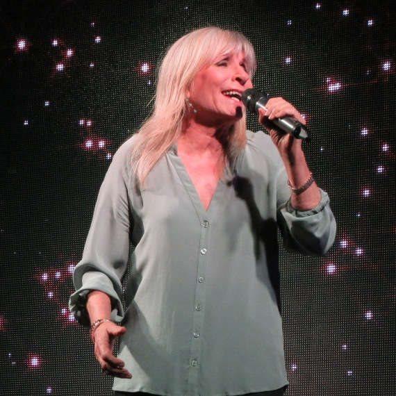 הזמרת אילנית