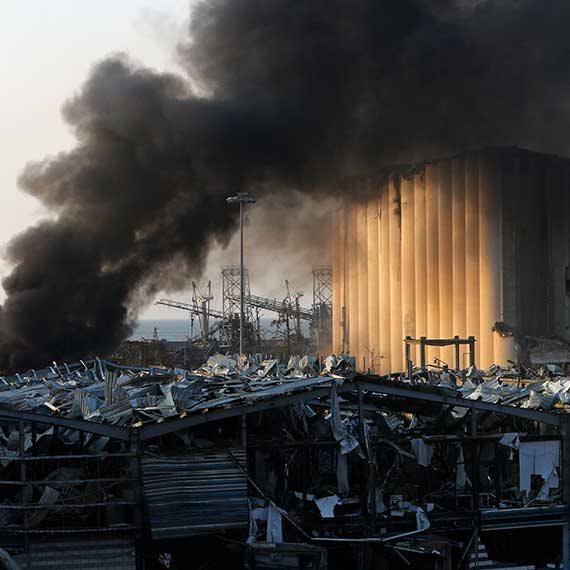 """""""11 בספטמבר של לבנון"""". ביירות אחרי הפיצוץ, הבוקר"""