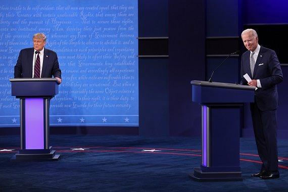 "נשיא ארה""ב דונלד טראמפ וג'ו ביידן בעימות"