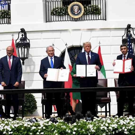 נתניהו, טראמפ ושרי החוץ של איחוד האמירויות ובחריין