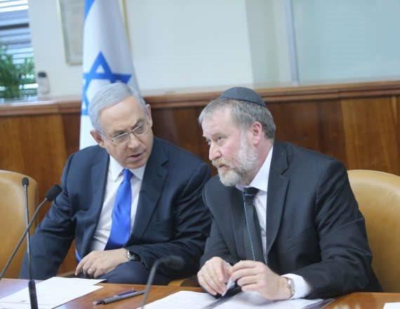 היועץ המשפטי אביחי מנדלבליט וראש הממשלה בנימין נתניהו
