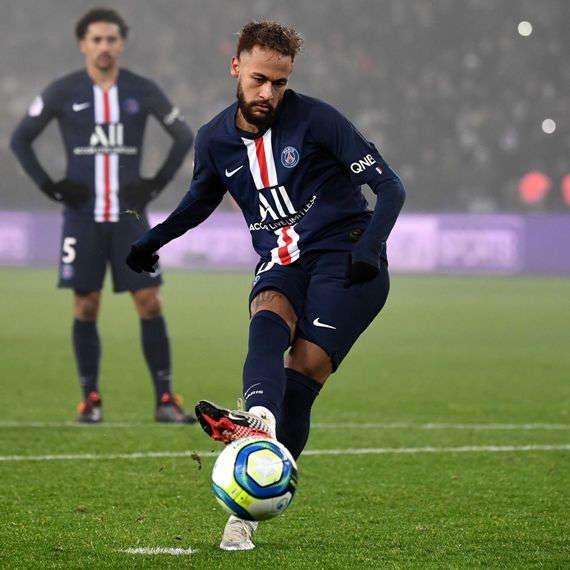 ניימאר בפריז סן ז'רמן - לא הגיע למשחק?