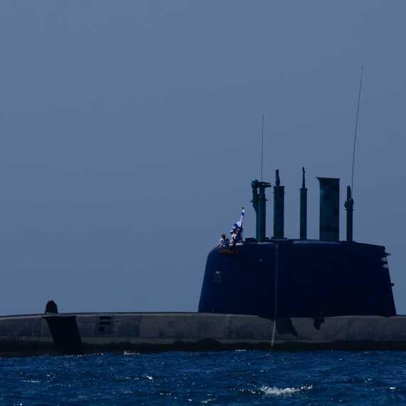 פרשת הצוללות. למצולם אין קשר לנאמר