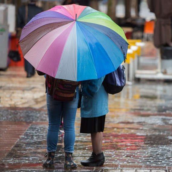 חורף, הגשם מטפטף על העורף