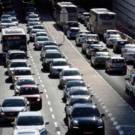 מפסיקים את תאונות הדרכים