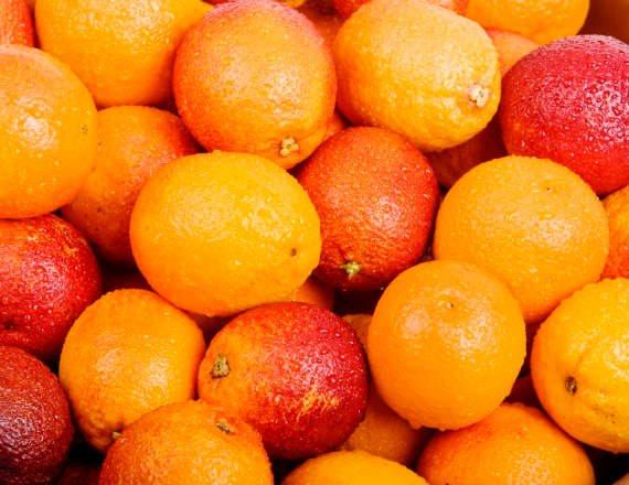 תפוזים או קלמנטינות?