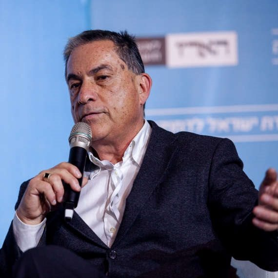 העיתונאי גדעון לוי